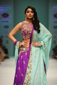 shriya Saran walked the ramp for Designer Architha Narayanam2