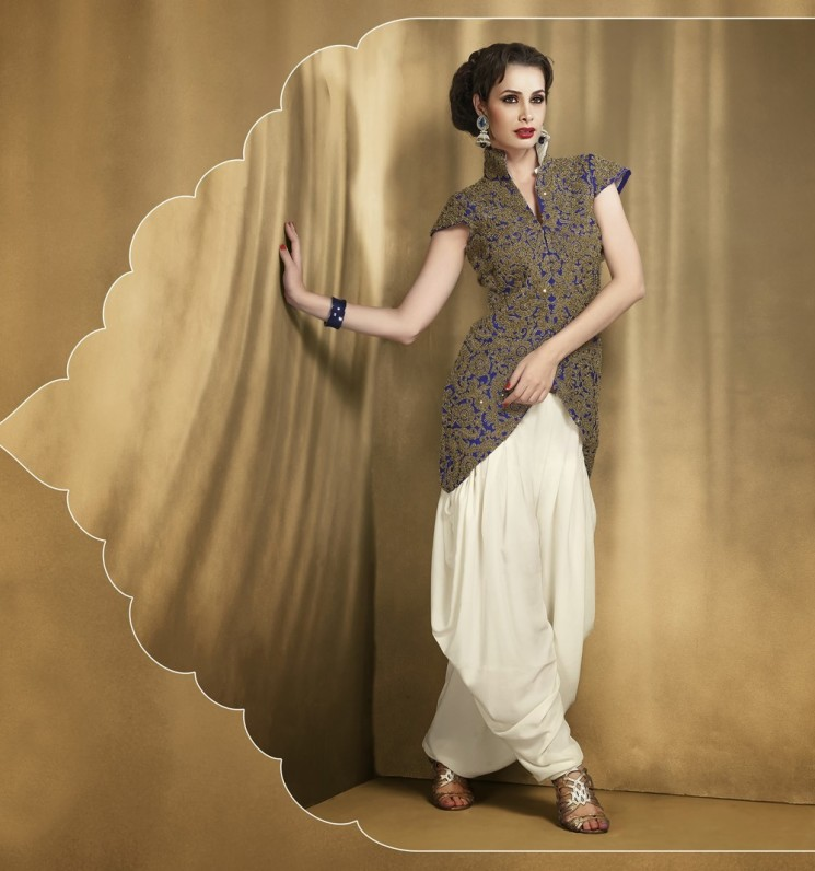 Style up in the Magnificence of Ethnic Suits like a Royal Maharani!